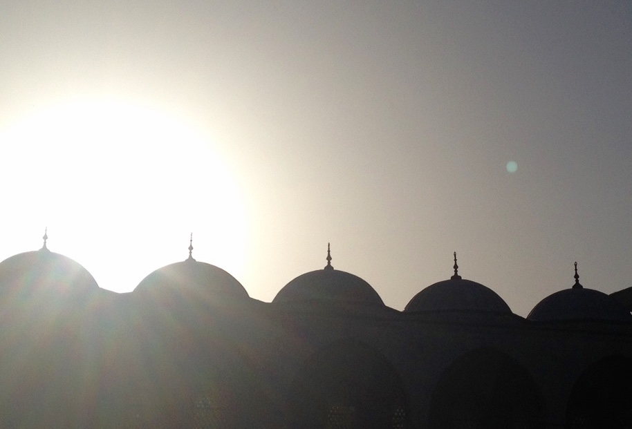 mosques and sun exploring Istanbul