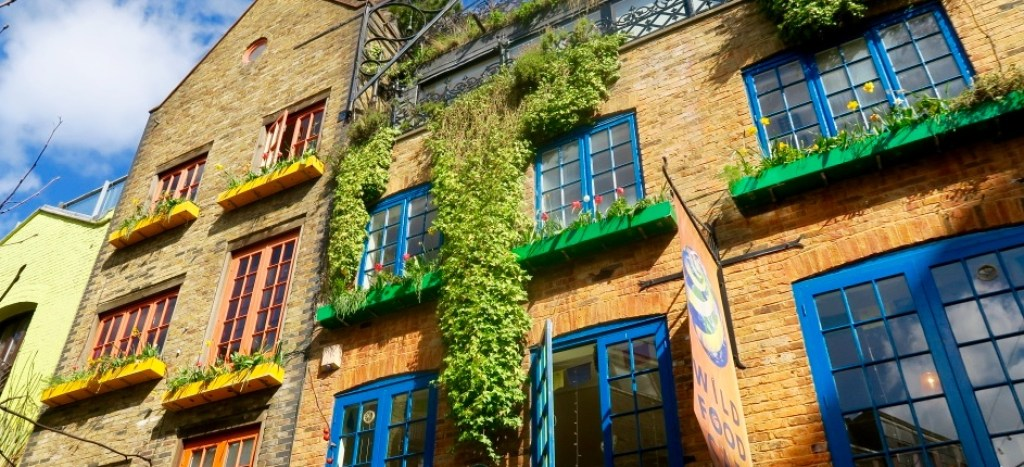 Neal's Yard colourful spots in London