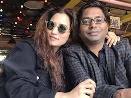 Filmmaker Raj Kumar and actress Myra Karn to tie the knot