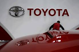 Toyota to invest $500 million in driverless cars with Uber