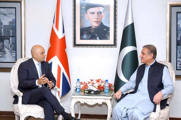 APP06-17 ISLAMABAD: September 17 – Foreign Minister Shah Mahmood Qureshi and British Interior Minister Sajid Javid in a meeting at Foreign Office. APP photo by Javed Qureshi