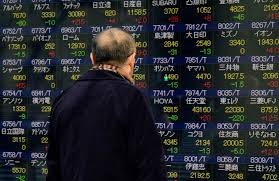 Asian markets plunge on fresh trade fears