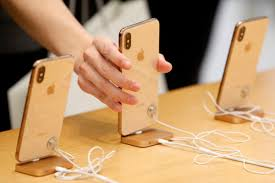 Apple cuts current-quarter production plan for new iPhones