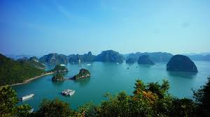 Vietnam's tourism industry continues its growth in last year