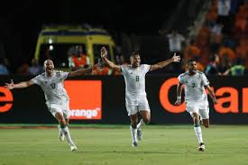 Mahrez stunner sends Algeria into final