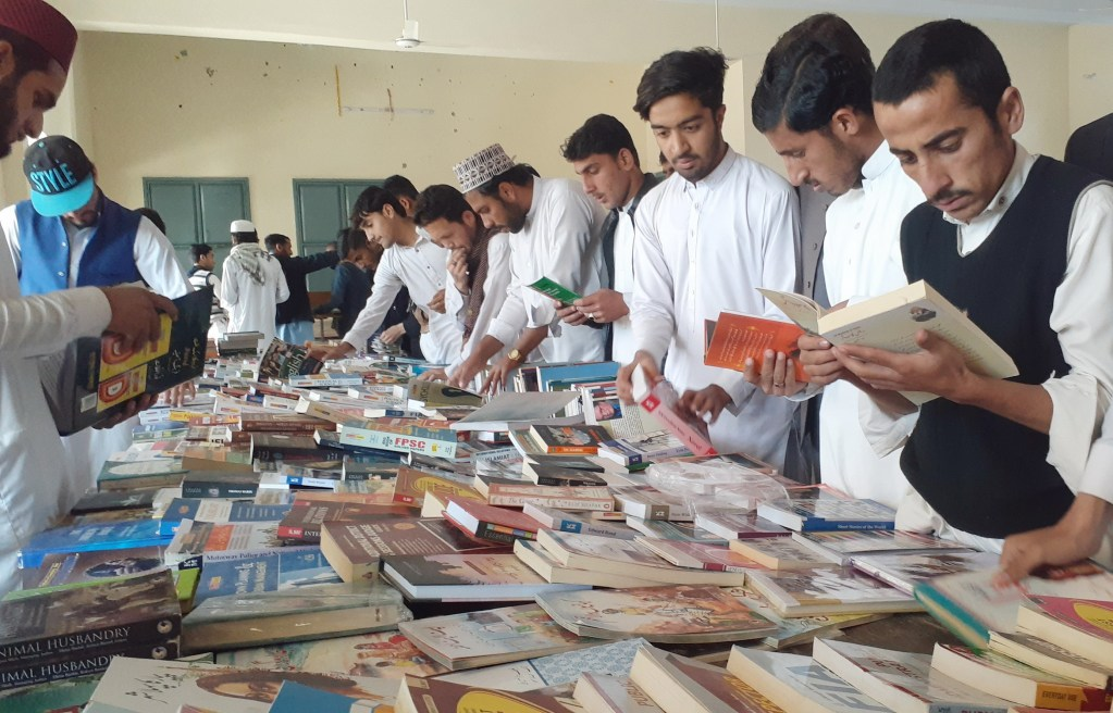 Book fair story picture