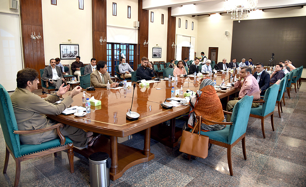 APP69-07 KARACHI: April 07 – Sindh Chief Minister Syed Murad Ali Shah in a meeting with owners and CEOs of private hospitals at CM House. APP