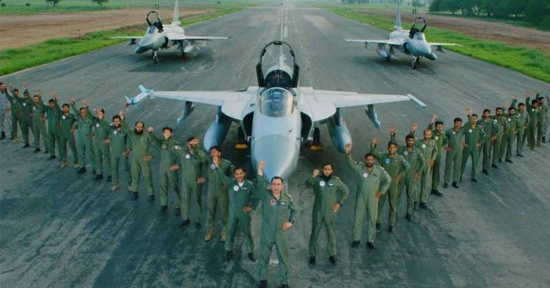 govt-promotes-paf-officers-to-the-rank-of-air-marshal-air-vice-marshal-1594379299-7151