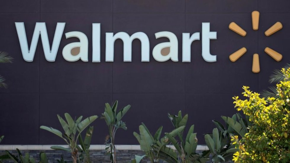 FILE PHOTO: The logo of a Walmart Superstore is seen during the outbreak of the coronavirus disease (COVID-19), in Rosemead, California, U.S., June 11, 2020. Picture taken June 11, 2020. REUTERS/Mario Anzuoni/File Photo