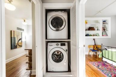 1793 Sanchez Washer & Dryer