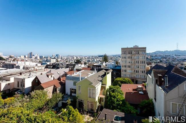 Pacific Heights Condo Goes 11% Under |  Elevator Ensures Minimal ...