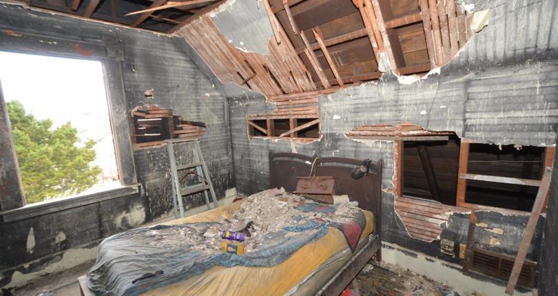 Uninhabitable San Francisco Home Asks $499,000 Gets $789,000