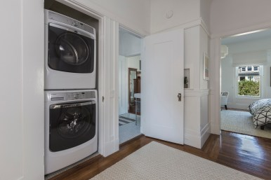 707 Cole St. | Washer & Dryer