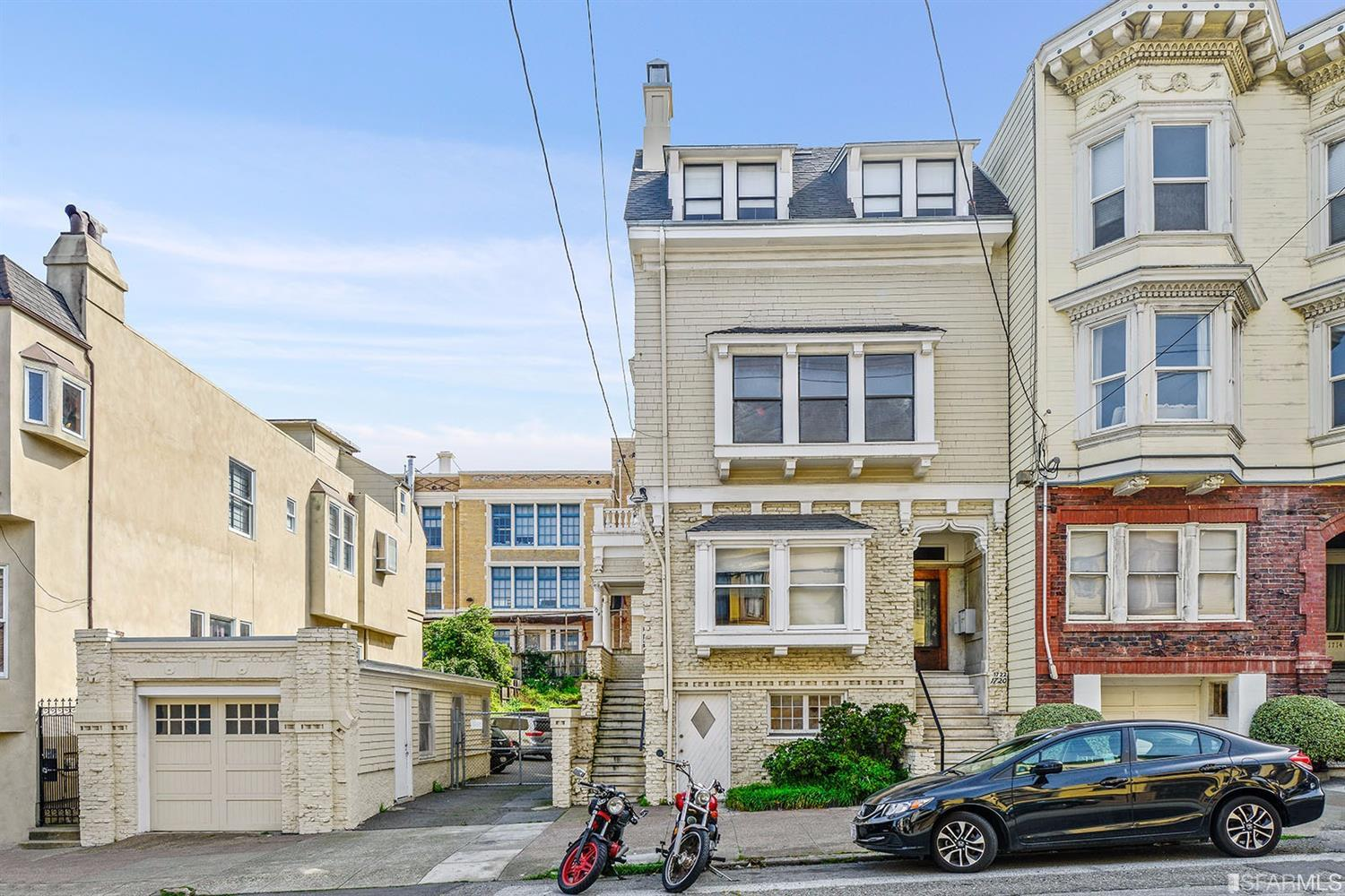 SOLD! | 1720-24 Larkin | Russian Hill Multi-Unit | $5,200,000