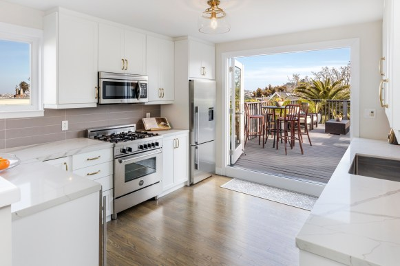 973a 14th St | Designer Kitchen Open to Large View Deck