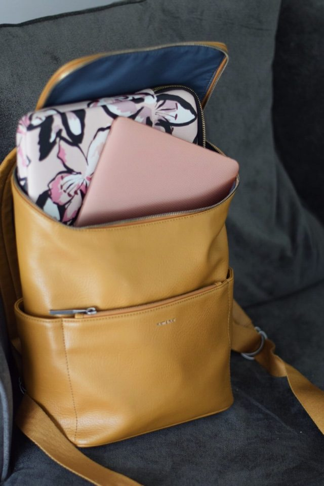 why a backpack purse is a fashion must have