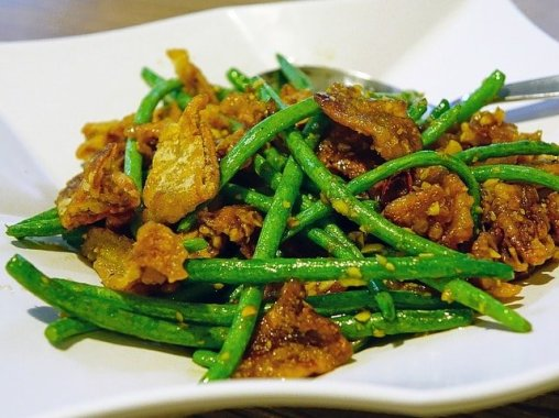 Pork and garlic green beans