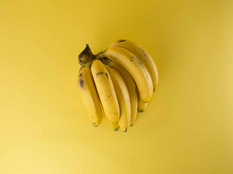 bananas-clipping-close-up-61127-min