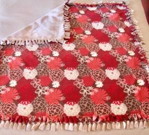 No Sew Fleece Blanket Tutorial