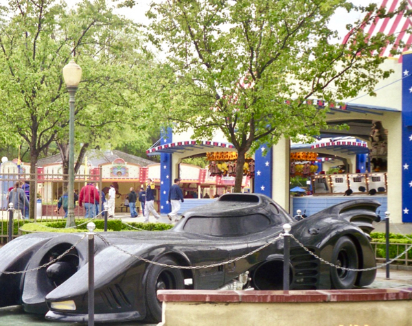 Magic Mountain Batmobile