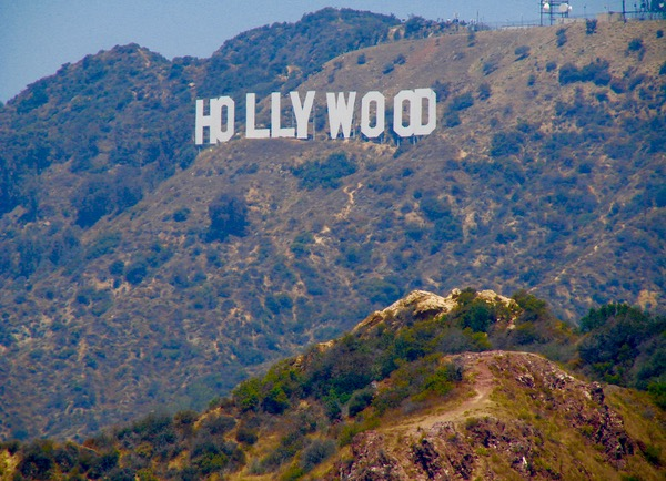 21 Los Angeles Travel Tips {What You Can't Afford to Miss} from TheFrugalGirls.com