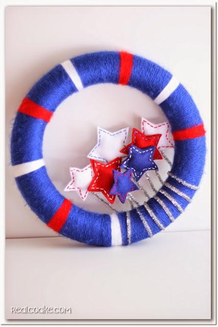 Felt and Yarn Wreath Tutorial