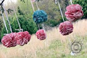 DIY-Paper-Flower-Poofs