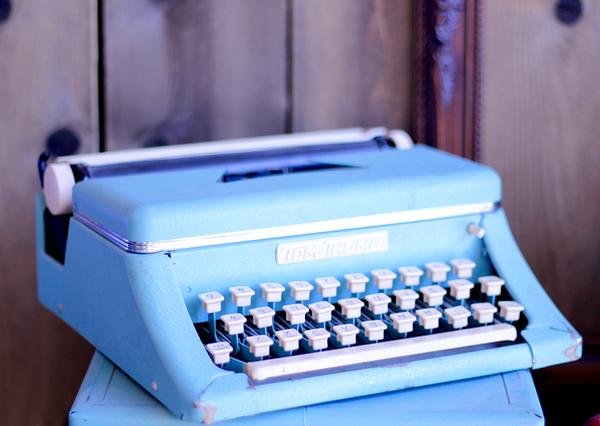 Start Blogging Online + FREE Domain Name | TheFrugalGirls.com Tips and Insider Tricks