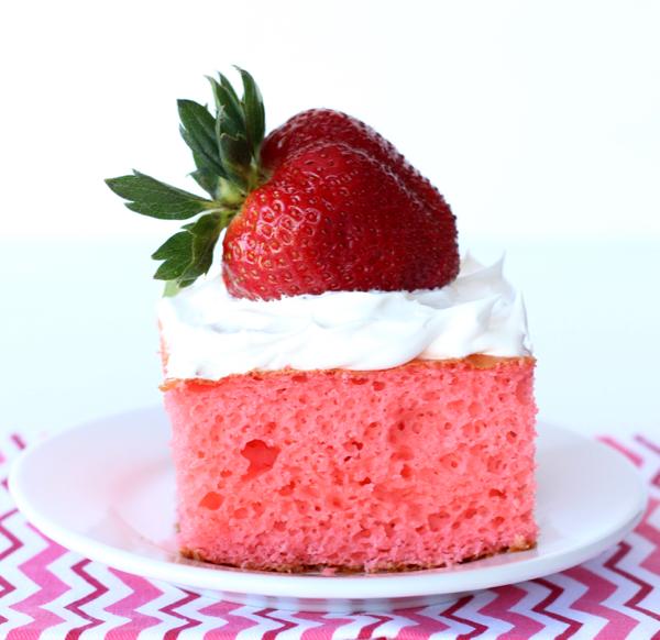 Skinny Strawberry Cake Recipe with Greek Yogurt at TheFrugalGirls.com