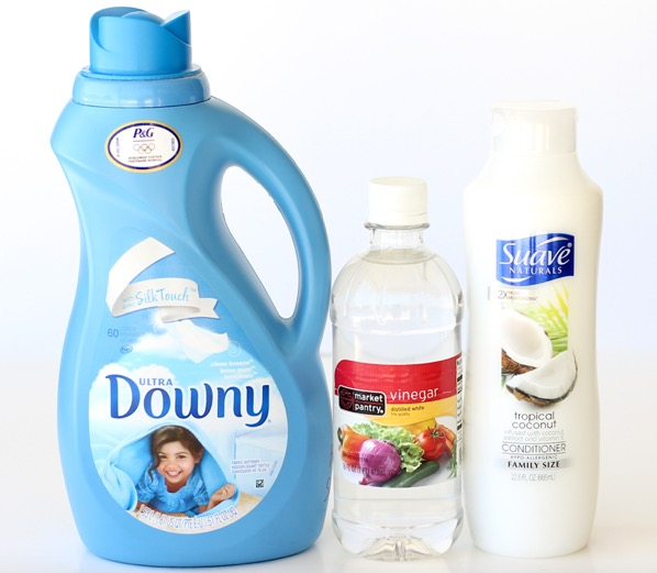 Homemade Fabric Softener with Vinegar and Hair Conditioner