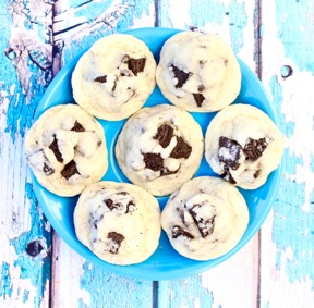 Oreo Cookie Recipe at TheFrugalGirls.com