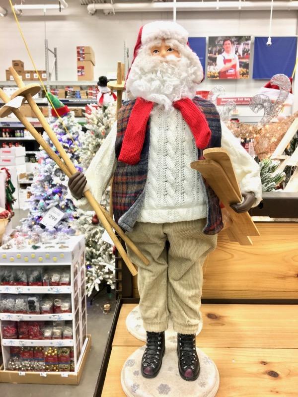 Lowe's Christmas Decor