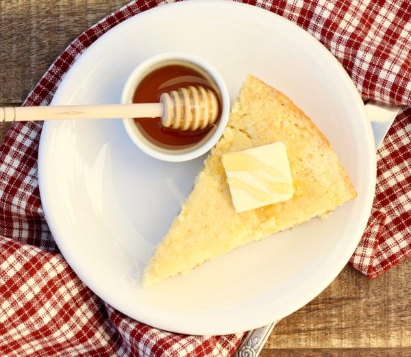 Best Sweet Skillet Cornbread Recipe