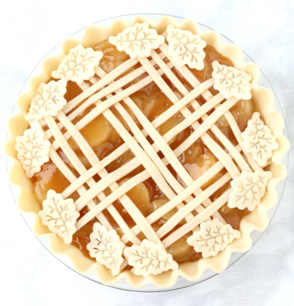 Caramel Apple Pie Recipe from Scratch