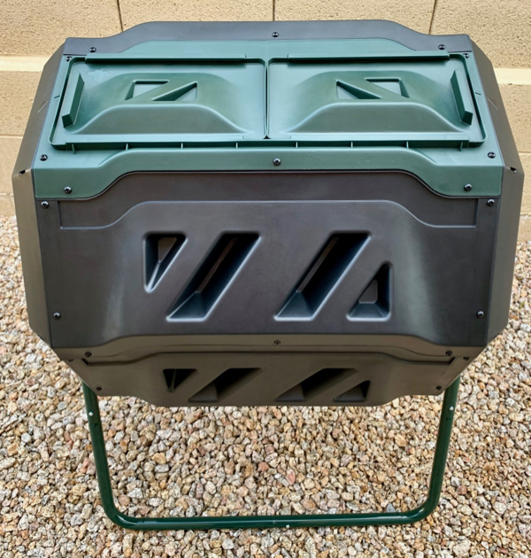 What-to-Put-in-a-Compost-Bin-at-Home