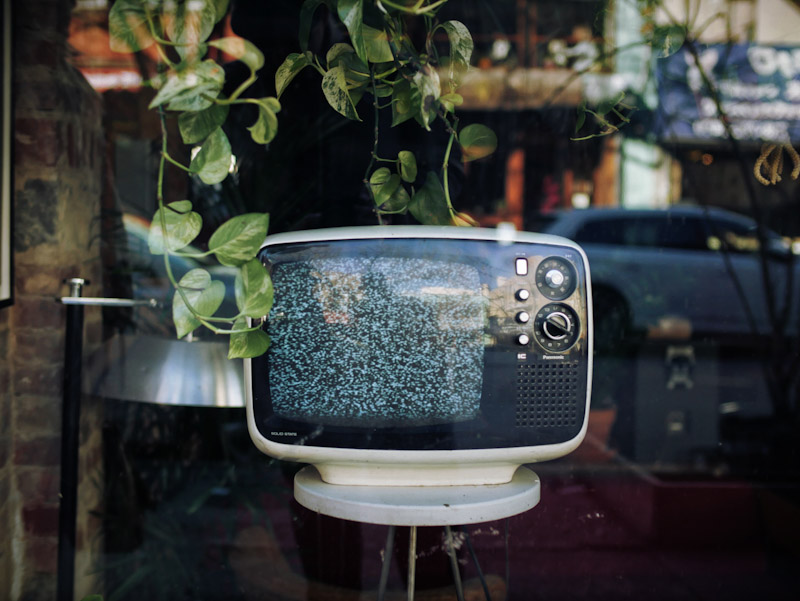 Vintage TV with no cable