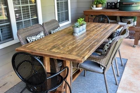 diy farmhouse outdoor patio table made