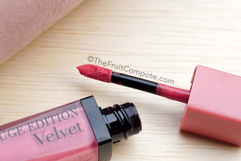 bourjois-rouge-edition-velvet-happy-nude-year-review-swatch-photos-2