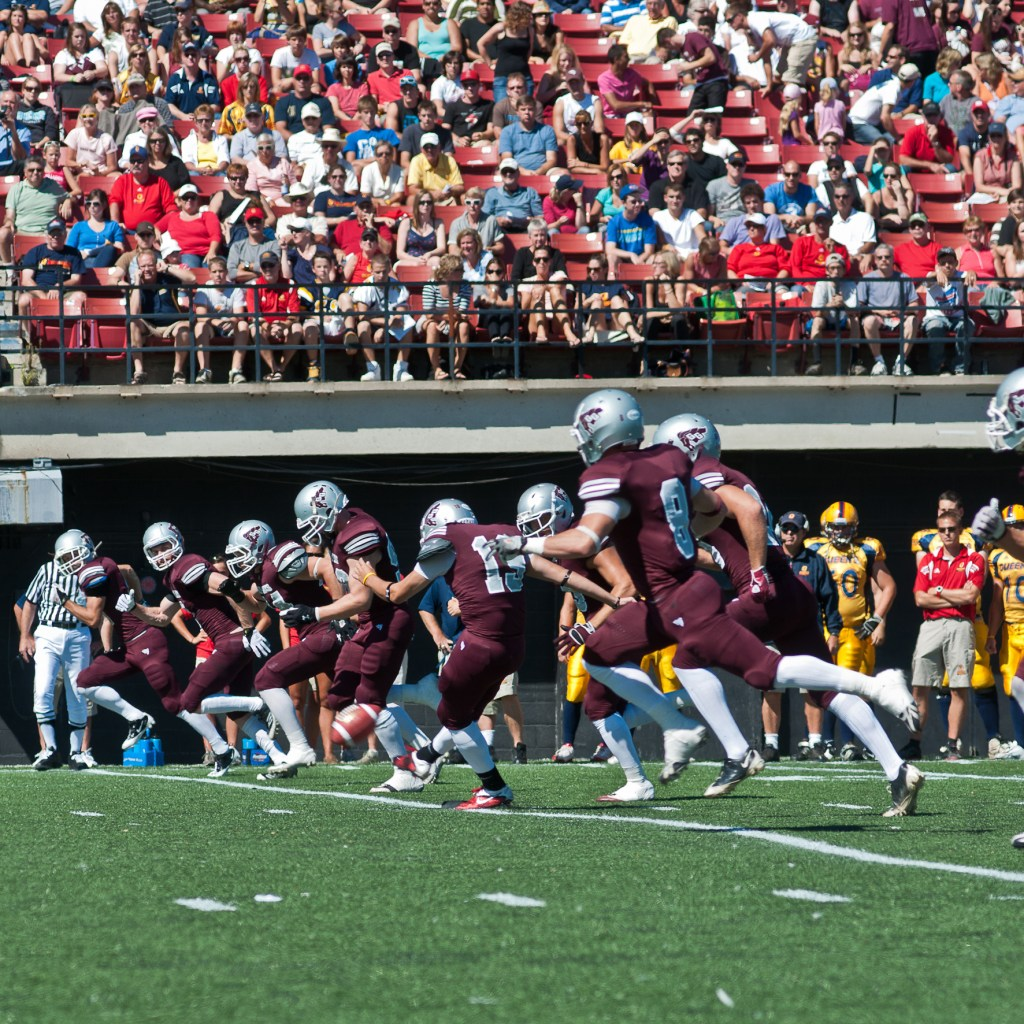 Garnet and Grey come together as a team at kickoff