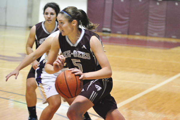 Mens' basketball remain undefeated; Women's basketball ...