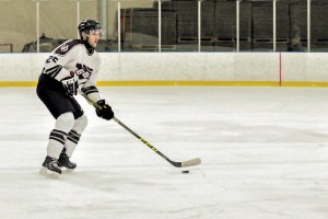 WEB_SPO_Freshman_Athletes_Mens_hockey_25_cred_Marta_Kierkus