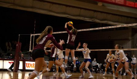 Gee-Gees volleyball