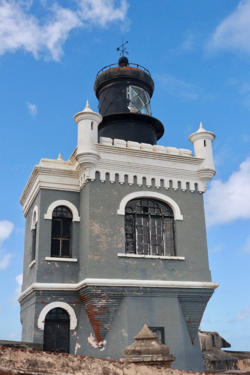 El Morro's early 20th-century lighthouse