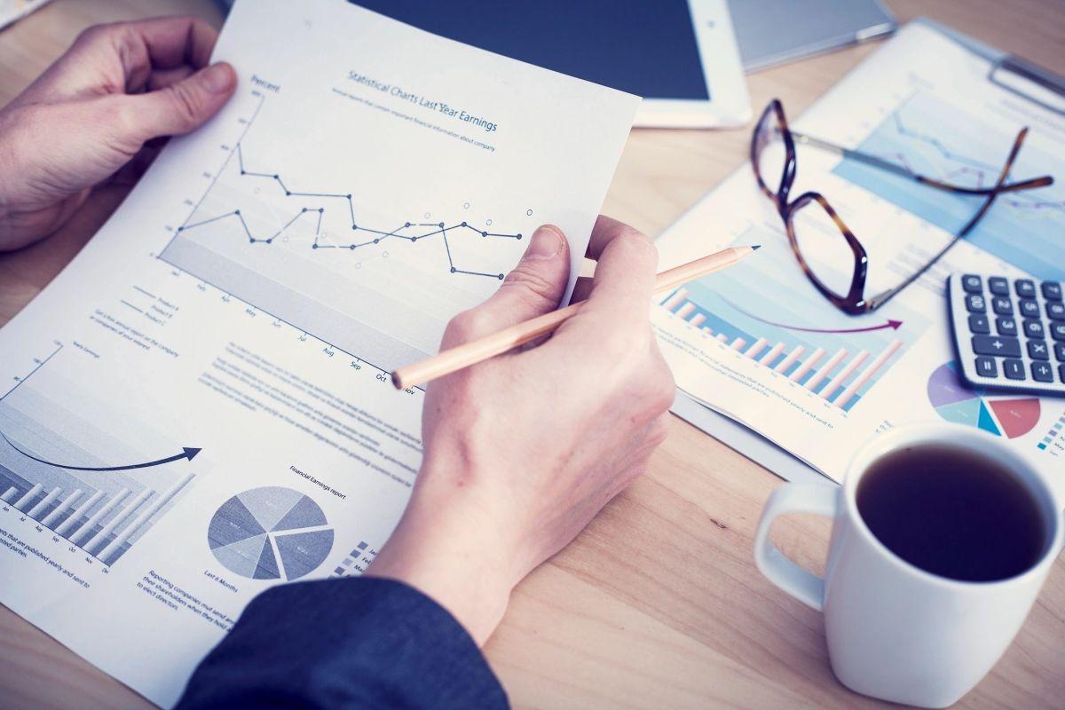 How do you analyze performance measures ?