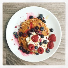 Greek Yoghurt Blueberry Pancakes