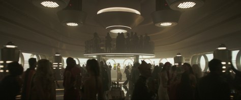 Solo-A-Star-Wars-Story-Trailer-Analysis-Cantina-Aliens-Future-of-the-Force