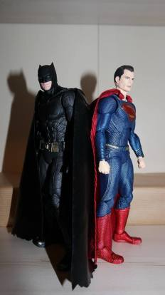 Review Mafex Superman 1