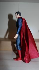 Review Mafex Superman 8