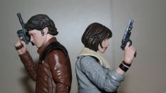 Black_Series_QiRa_Review_Solo_A_Star_Wars_Story_9