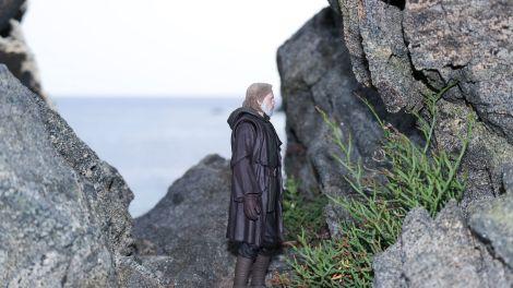 Luke Skywalker-Figuarts-Review-13